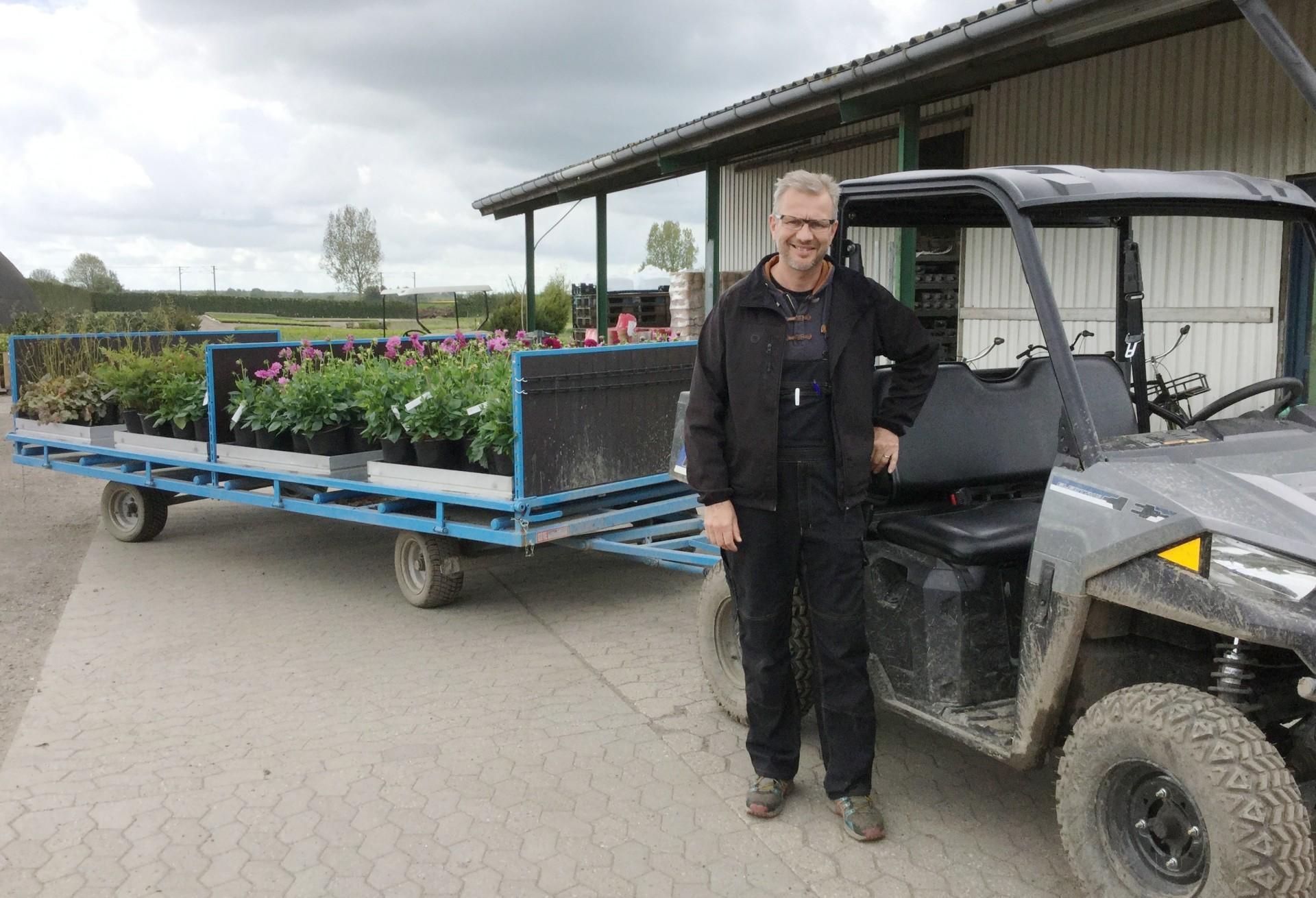 El biler bliver brugt paa planteskole