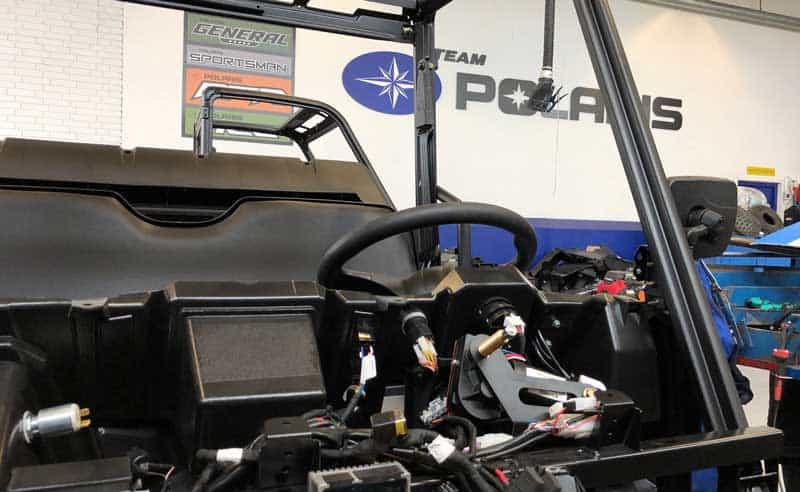 Stillings annonce for mekaniker på Polaris ATV og have park værksted