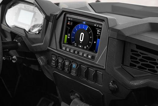 Designet instrumentbræt på Polaris RZR XP 1000 EPS