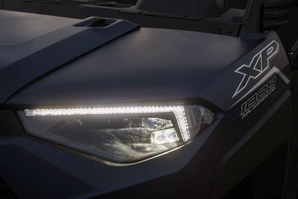 Forlygte på UTV Polaris Ranger XP 1000 EPS
