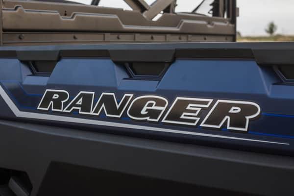 Stort tiplad i slagfast plast på Polaris Ranger xp 1000 eps UTV.
