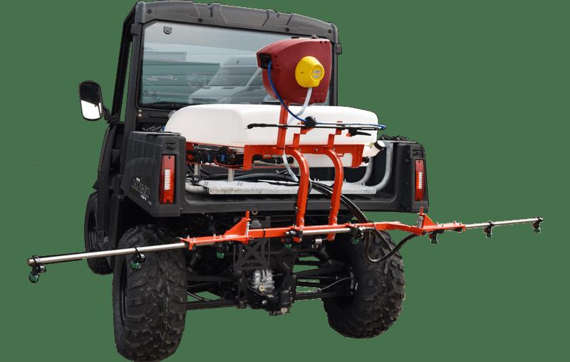 Kuhn UTV 80 L. sprøjte på Ranger 570. Effektiv kvalitets sprøjte til minimaskiner.