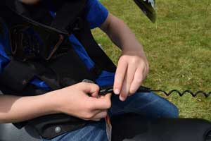 Til kobling af Sikkerhedsvest. Brug en Hit air sikkerhedsvest ved ATV kørsel, den kan rede liv, både voksene og børn.