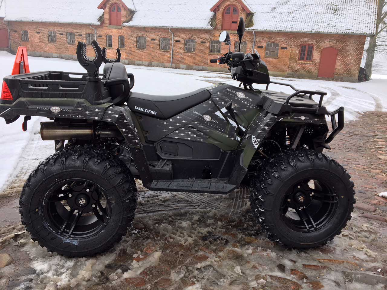Special designet Grafik kit på Polaris ATV Sportsman xp 1000